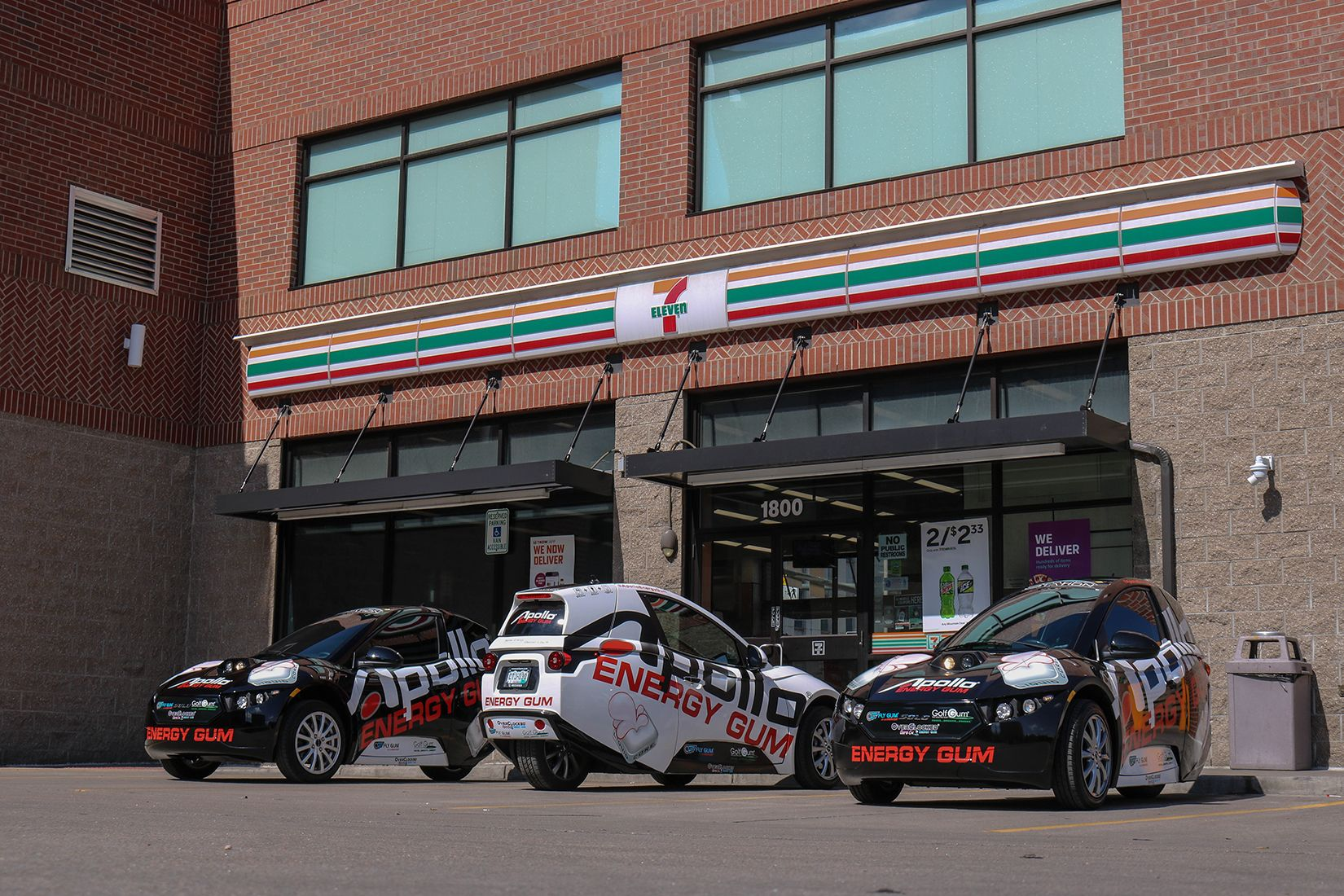 Apollo Fleet vehicles at a 7-11 in Downtown Denver