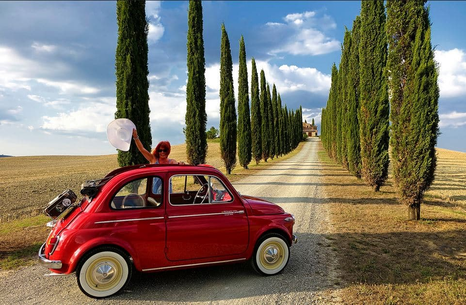 Travel-Tuscany-with-a-real-500